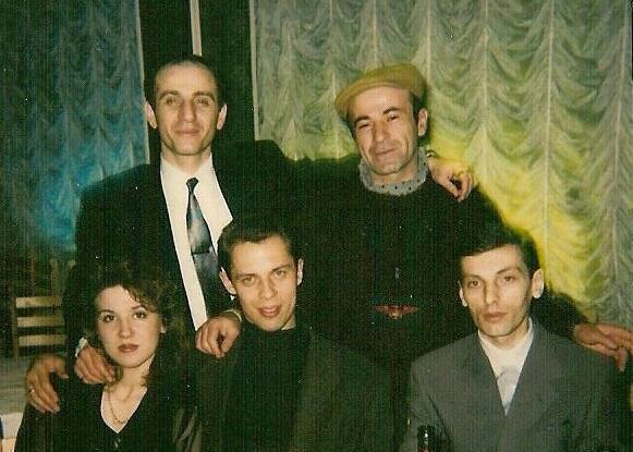 Фотографии краснодарской судьи Хахалевой вкомпании уголовных авторитетов появились вглобальной сети