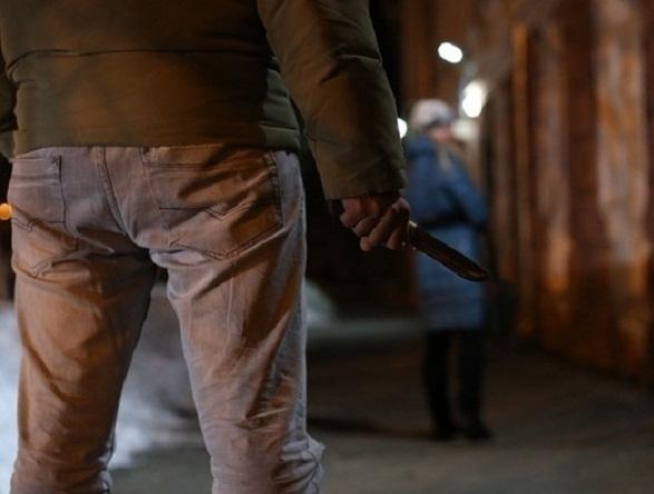 В Сочи ограбили троих прохожих за один час