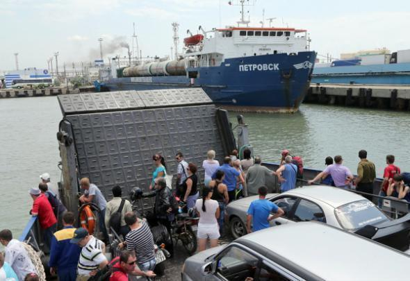На Кубани возобновлена работа паромов через Керченский пролив