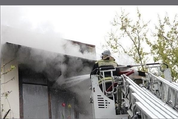 В Сочи загорелась жилая пятиэтажка