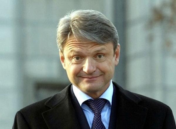 Рокировка: Александр Ткачев может поменять полпреда поЮФО Владимира Устинова
