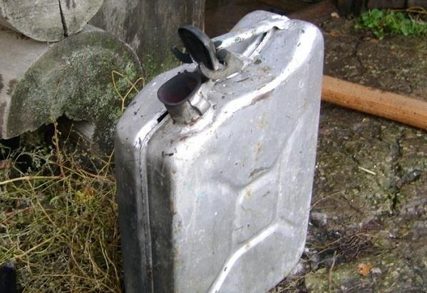 Жительница Краснодарского края пыталась сжечь дом бывшего супруга