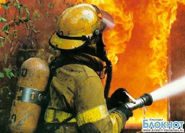 При пожаре в Усть-Лабинске погибла женщина