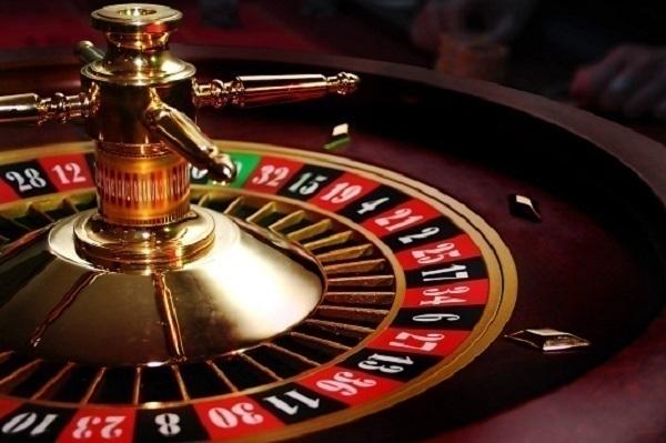 Пьяный житель Кубани устроил погром в казино «Азов-сити»