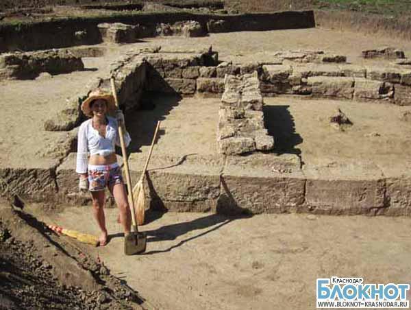 В Анапском районе продолжат исследование храма Деметры