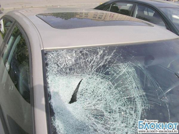 В Краснодаре мужчина устроил дебош из-за парковочного места