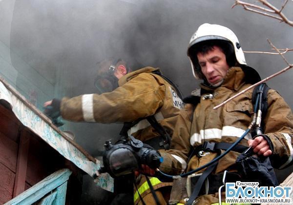 При пожаре в Тбилисском районе погиб человек