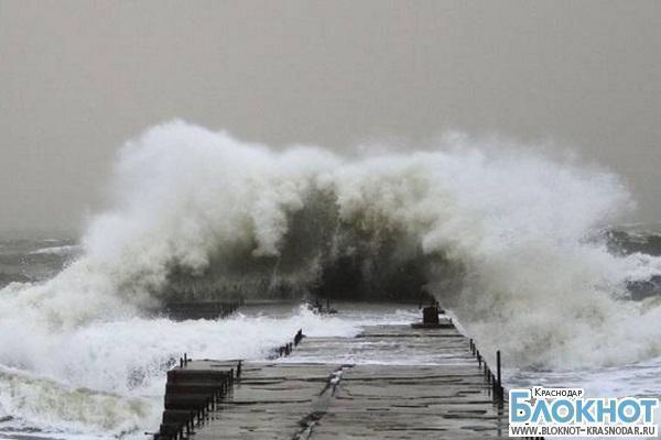 В Краснодарском крае на Черноморском побережье ожидается гроза и сильный ветер