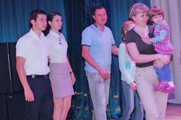 Врачи из Алтайского края и Иваново получили жилье на Кубани