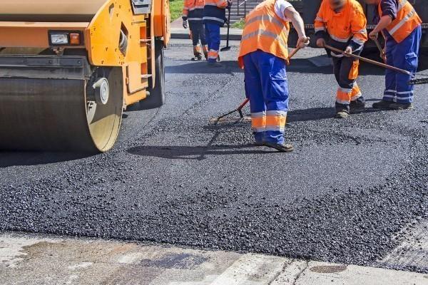 Более тысячи километров дорог отремонтируют доконца года вКраснодарском крае