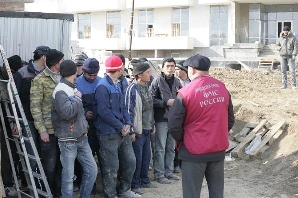 На Кубани старший инспектор миграционной службы сядет в тюрьму