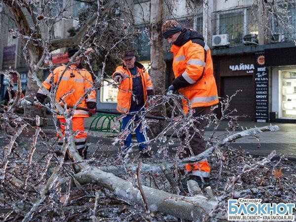 Из-за непогоды свыше 20 тысяч краснодарцев остались без электричества