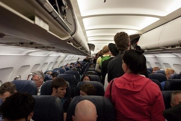 Пассажир рейса Москва— Краснодар объявил, что взорвет самолет