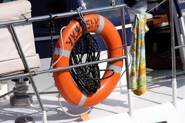 В Туапсе капитан из жадности посадил 53 туриста в 12-местный катер