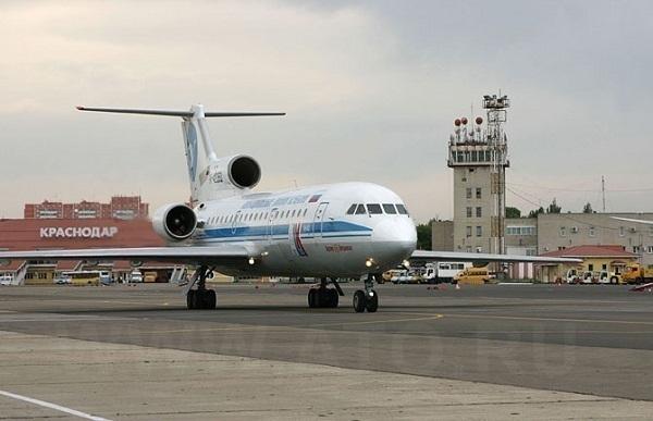 Пьяный дебошир вынудил посадить самолет в Краснодаре