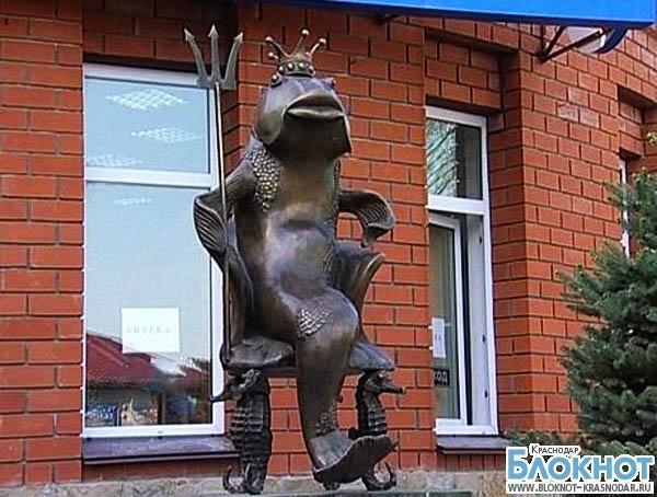 В Ейском районе установили памятник царь-рыбе