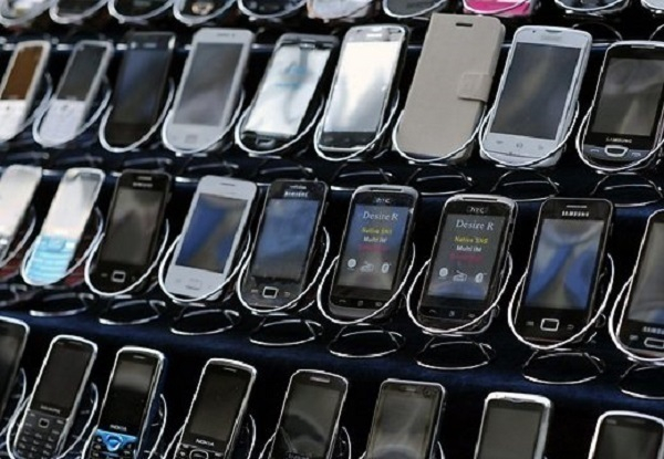 На Кубани подростки украли 77 мобильных телефонов