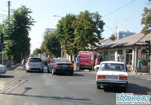 В Краснодаре «маршрутка» попала в аварию