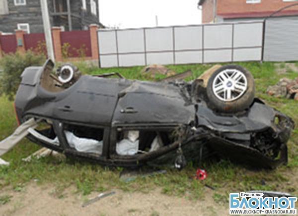 В Мостовском районе перевернулась машина с сотрудниками полиции