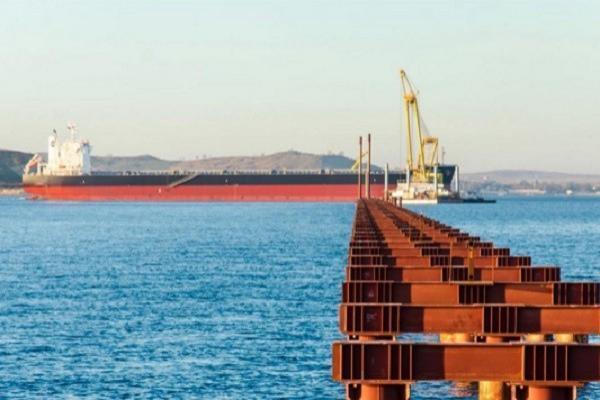 Строители моста вКрым подали всуд нахозяев турецкого сухогруза