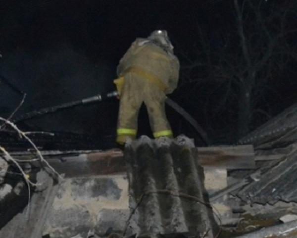 В Краснодарском крае в пожаре погибла молодая женщина и ребенок