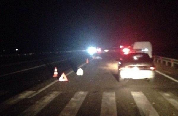 В Краснодаре пенсионер попал под колеса двух автомобилей