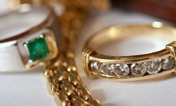 В Краснодаре задержали вора ювелирных украшений