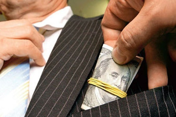 Сотрудники администрации Новомихайловского попались на хищении бюджета