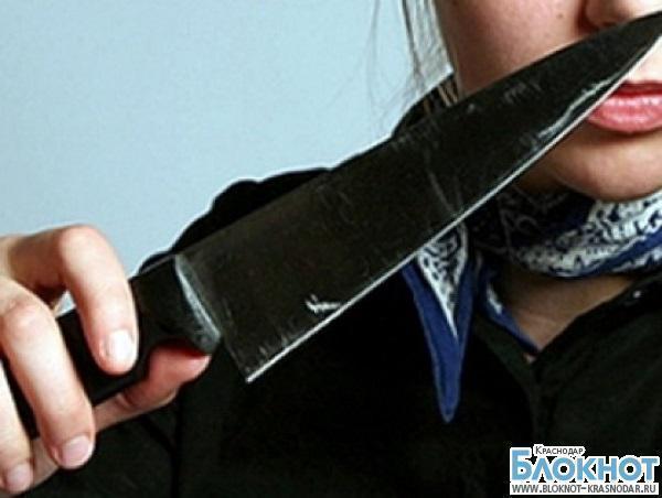 В Каневском районе дочь ударила ножом мать