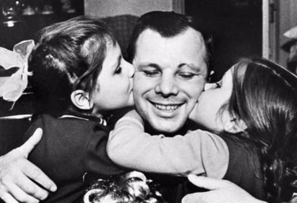 ВСочи навыставке представили фотографии космонавта Юрия Гагарина