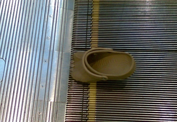 ВСочи пенсионерку изЕкатеринбурга затянуло под эскалатор