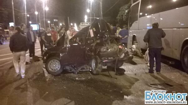 В Краснодаре в аварии пострадало три человека