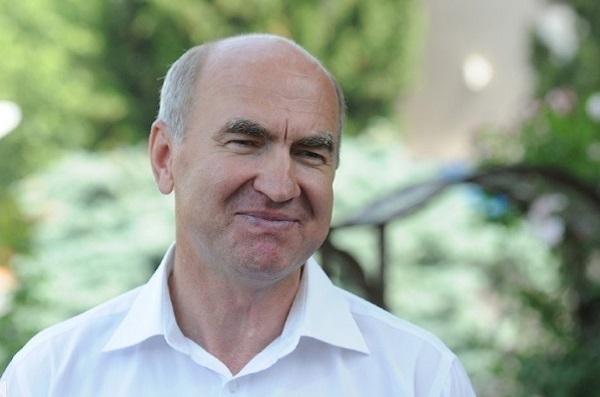 Хрестин помог детскому лагерю «Кировец» советом