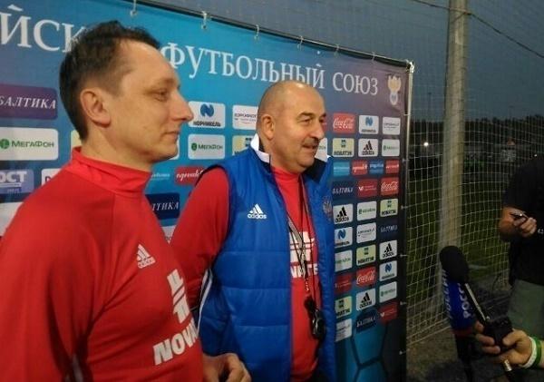 Сборная России по футболу провела первую тренировку в Краснодаре