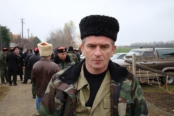 На Кубани семью казачьего атамана хотят выселить из дома и отобрать сына