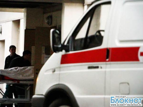 В Тимашевскую районную больницу доставили мужчину с ножевым ранением