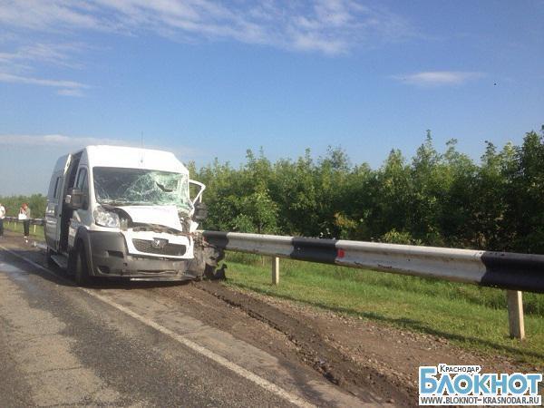 На Западном обходе Краснодара столкнулось три автомобиля