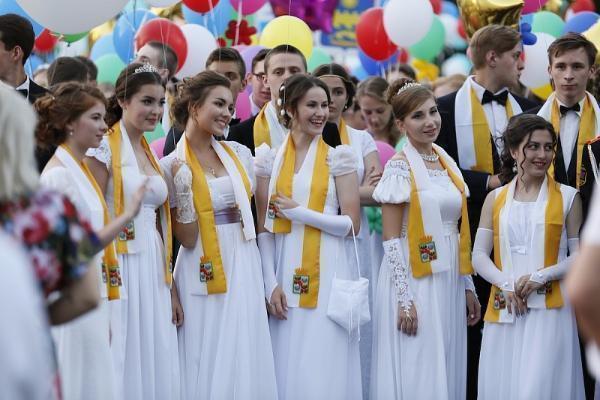 В столице Кубани прошел губернаторский бал «Летим высоко»