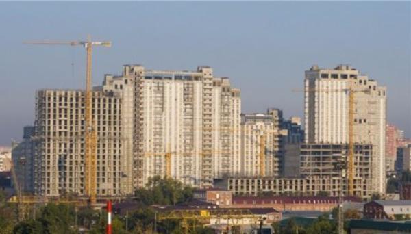 Власти края не хотят видеть высотные здания на улице Красной