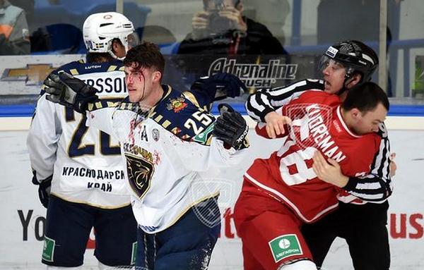 Сочинские хоккеисты просят жестко наказать «Витязь» за подлость на льду