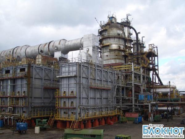 В Новороссийске жители жалуются на запах нефти