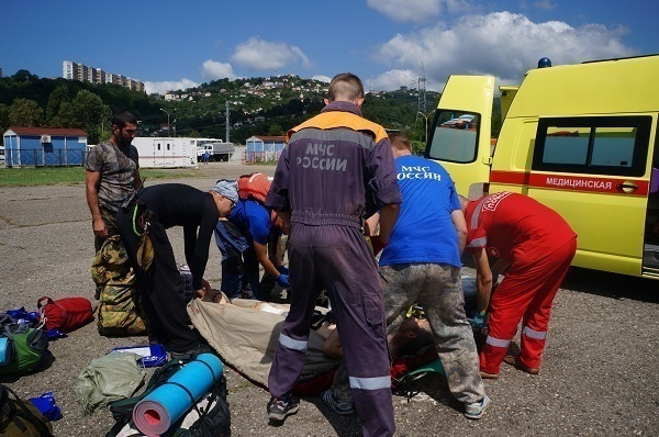 ВСочи cотрудники экстренных служб эвакуировали сотрудника Кавказского заповедника