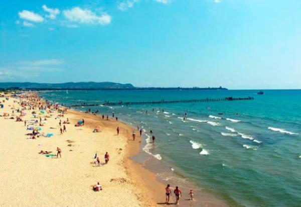 Полковник полиции из Анадыря умер на пляже в Анапе