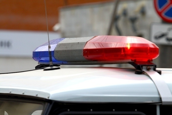 Сочинец сбил полицейского на обочине