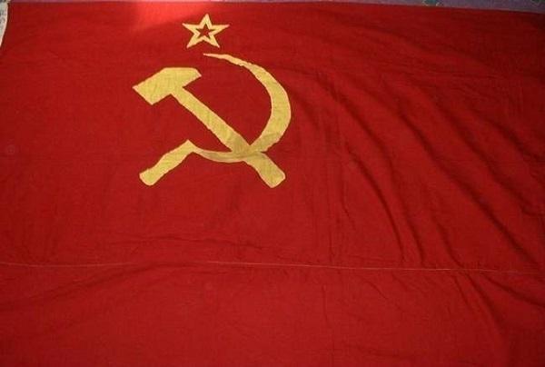 В центре Краснодара поднимут советское знамя