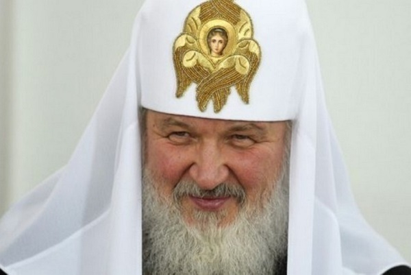 Патриарх Кирилл подписал петицию о запрете абортов