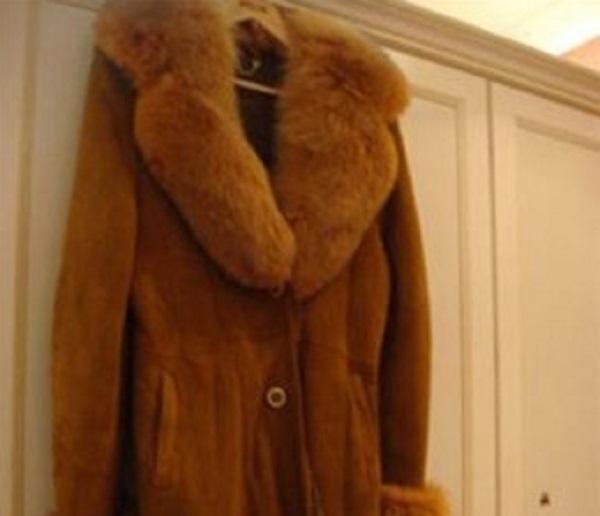 Краснодарец украл у матери дубленку и продал за сто рублей