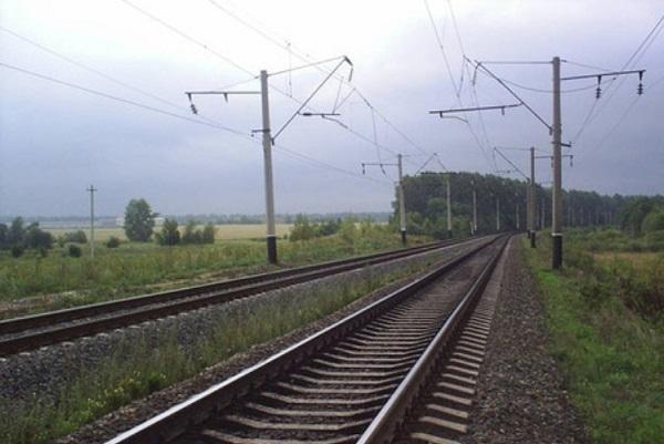 На Кубани пассажирский поезд «Сухум-Москва» протаранил комбайн