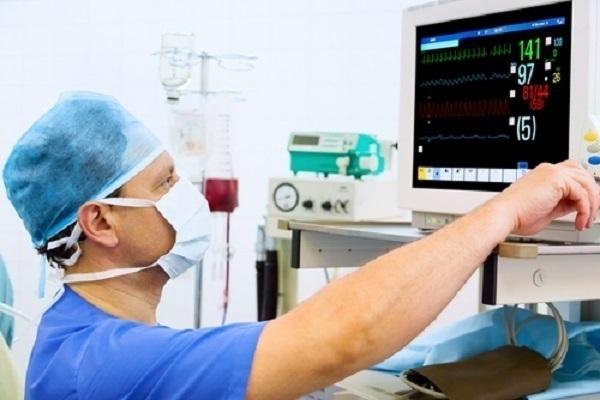 В Краснодаре пациент больницы украл у врачей кардиограф