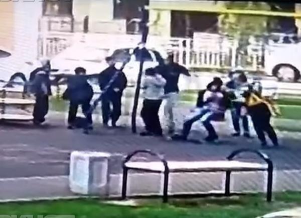 По делу об избиении мальчишек на детской площадке в Краснодаре выслушали свидетелей